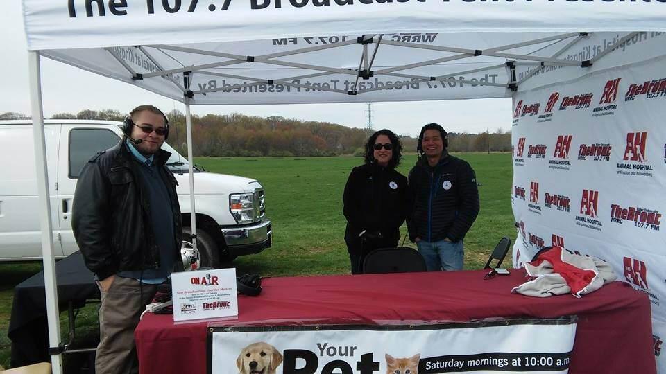 April 25, 2015 – Your Pet Matters visits Bark Now for Autism Speaks!